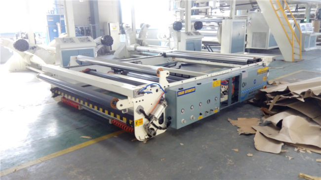 Corrugated Paper Reel Stand and Slicer
