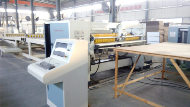 Corrugated Board/Sheet Cutting Machine